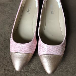 SZ7 1/2 Kenneth Cole reaction pink snakeskin flats